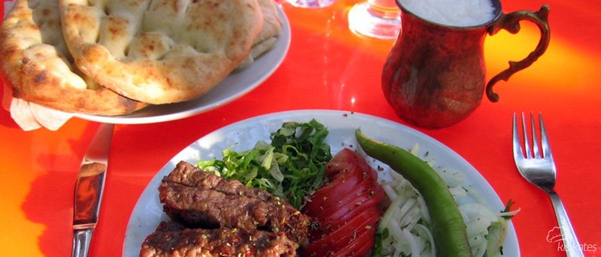 Tarihi Emirşeyh Köftecisi - Erzurum